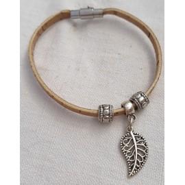 Bracelet en liège avec feuille