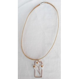 Collier floral rectangulaire