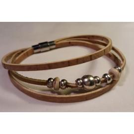 Bracelet triple perles blanches 4