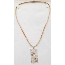 Collier floral lierre rectangulaire